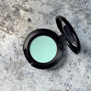 MAC Cosmetics_AQUA_EYE SHADOW